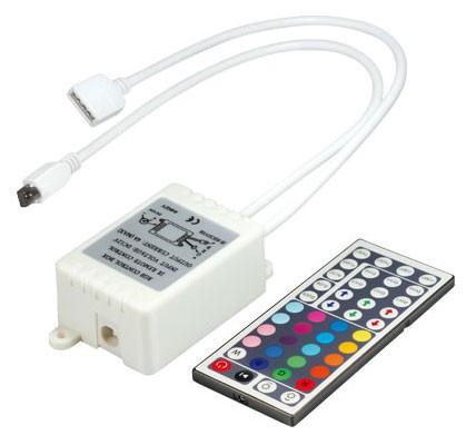 RGB-Controller mit IR Fernbedienung für RGB LED Leiste, 4 Farben speicherbar